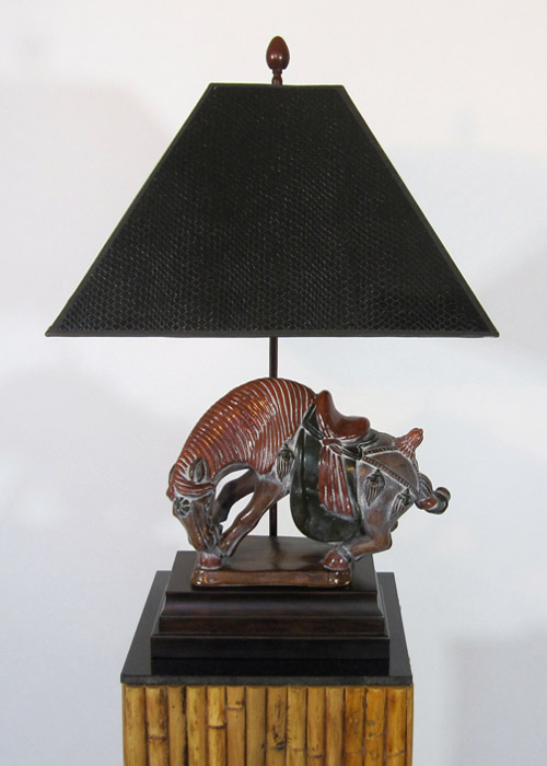 Frederick Cooper Bowing Arabian Horse Lamp