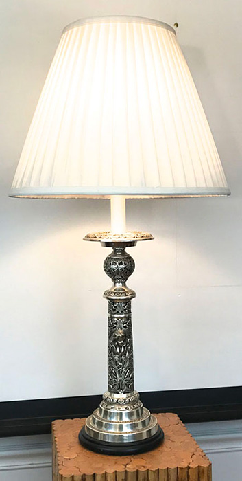 Frederick-Cooper-carved-table-lamp