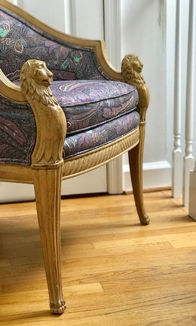 Neoclassical Regency Carved Lion's Head Chair