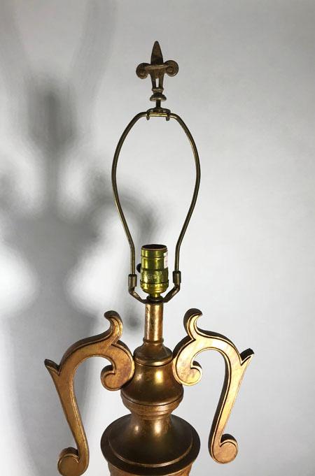 Vintage Fleur-de-lis Lamp Finial